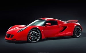 Highpants-hypercar-battle-Venom-GT-21